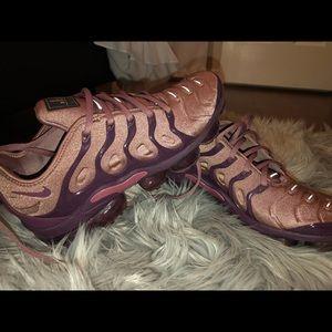 Nike vapormaxes